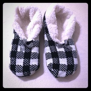 Never worn house shoes